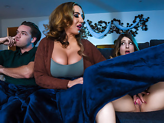 Kristen Scott  Richelle Ryan  Kyle Mason in Mind If Stepmom Joins You - BrazzersNetwork