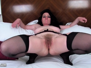 Andrea Foster Lets Her Hairy Pussy Free