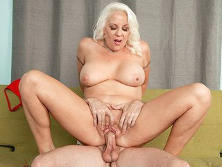 Veronica Is The Fucking Daughter - Veronica Vaughn And Tony Rubino - 60PlusMilfs