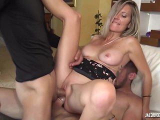 Blond Mom In 3some Hot Porn Scene