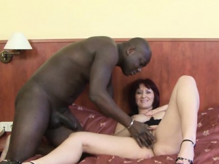 Older women fucked by black man in her pussy interracial